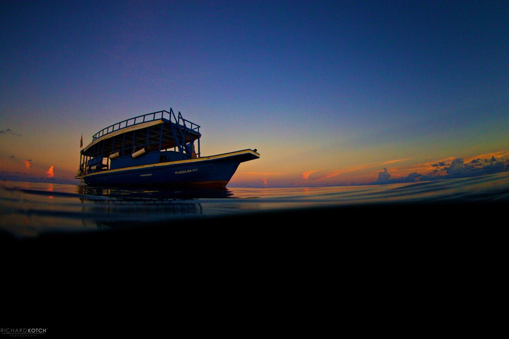 モルディブ、ボートトリップでの仲間の集め方、とあるライターのブログ