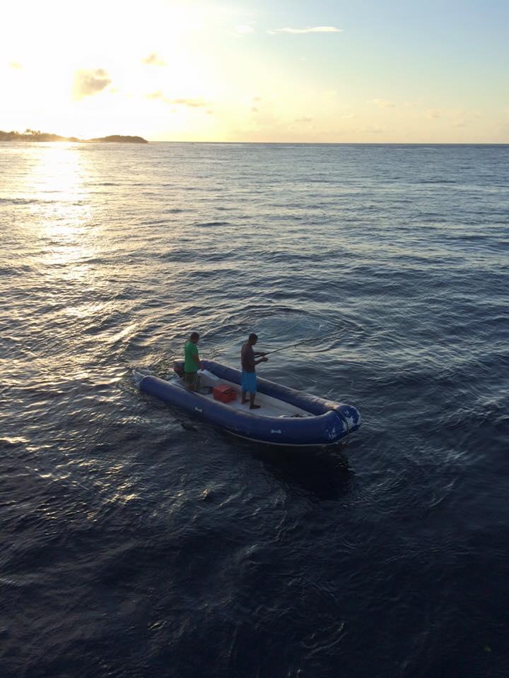 モルディブへのボートトリップでは、釣りはかなりお手軽なアクティビティです